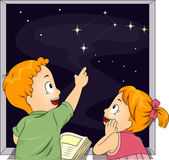 Kid Siblings Studying Constellations — Stock Photo