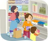 Family Stocking Their Shelves with Goods — Stok fotoğraf