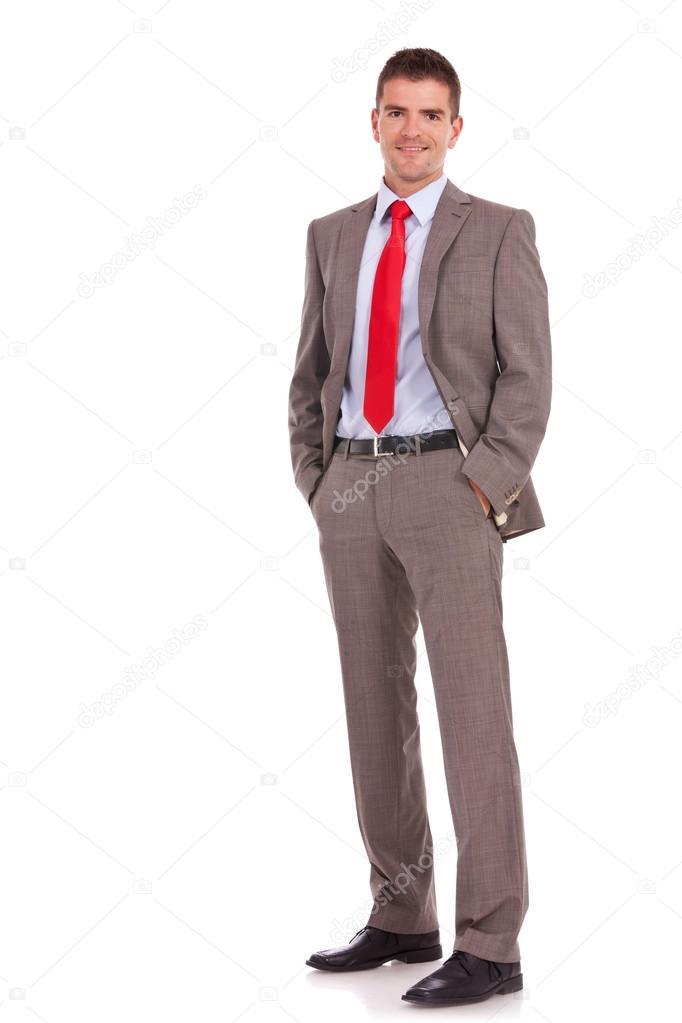homme d 39 affaires jeune avec les mains dans les poches photo 14590583. Black Bedroom Furniture Sets. Home Design Ideas