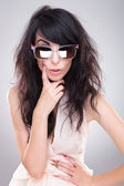 ファッションの女性のサングラス — ストック写真