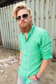 Casual man with beard and nice hairstyle — Foto de Stock