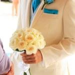 Beautiful wedding bouquet of flowers — Stock Photo