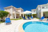 Zewnątrz grecki resort — Zdjęcie stockowe