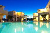 Buitenkant van een griekse resort — Stockfoto