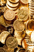 Jewels and gold coins — Stockfoto