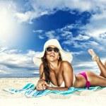 Woman on the beach — Stock Photo #18378567