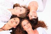 Grupo de meninas rindo muito felizes — Foto Stock