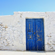 Old door on Santorini island - 图库照片