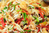 Piatto tailandese presso il mercato — Foto Stock