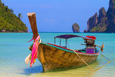Boat in Phi Phi Thailand — Stock Photo