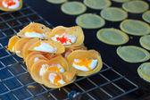 本机泰式风格的脆薄煎饼 — 图库照片
