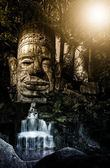 Bayons Angor-Wat waterfall — Stock Photo