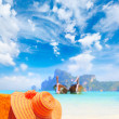 Straw hat on sunbed on Koh Phi Phi Island — Stock Photo