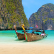 Maya bay Phi Phi Leh island — Stock Photo #27838685