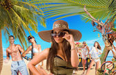 Young people on the beach Travel concept — Stock Photo