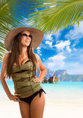 Woman on the beach in Phi Phi — Stock Photo