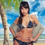 Beautiful woman on the beach. — Stock Photo #32385623