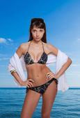 Kobiety na plaży — Zdjęcie stockowe