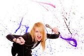 Młoda wokalistka — Zdjęcie stockowe