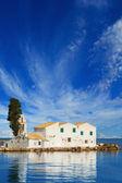 Sunset scene of Vlacherna monastery, Kanoni, Corfu — Stock fotografie