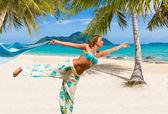 浜辺の女 — ストック写真