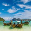 paradise beach of koh phi phi — Stock Photo