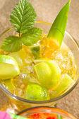 Mojito cocktail at the beach — Stock Photo