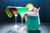Vier cocktail mit kaviar — Stockfoto