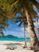 Beautiful tropical white sand beach, Thailand — Stock Photo