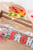 Molecular mixology - cocktail in the beach box — Stock Photo