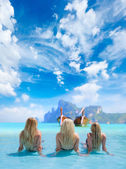 Three Women in beautiful lagoon at Phi Phi Ley — Stock Photo