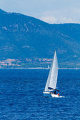 Sailing around Lefkada island i — Стоковое фото