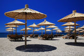 Strand-sonnenschirme — Stockfoto