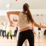 Kadınlar için dans dersleri — Stok fotoğraf