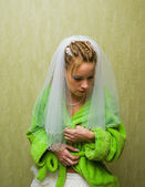 Young bride getting ready — Stock Photo