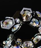現代ガラス シャンデリア クリスタル — ストック写真