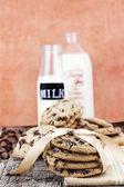 Ciasteczka czekoladowe i krem — Zdjęcie stockowe