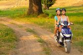 Motorcykel tur på landsbygden — Stockfoto