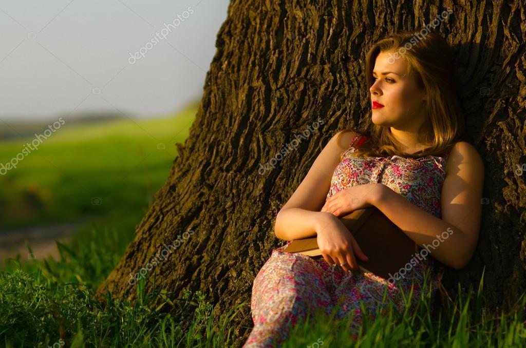 Картинки девушка в природе