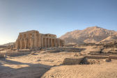 Magnificient ruins of Ramesseum temple in Luxor — Stock Photo