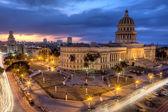 Havana in Cuba by night — Stockfoto