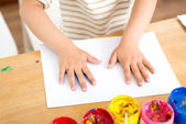 Painting little girl — Stock Photo