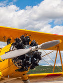 Yellow Propeller Aircraft — Stock fotografie