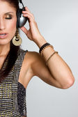 Garota escuta música — Foto Stock