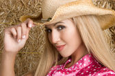 Beautiful Latin Cowgirl — Stock Photo