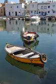 Zwei boote sind im hafen von bizerte angedockt. tunesien, bizerte. — Stockfoto