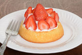 Macro strawberry shortcake — Stock Photo