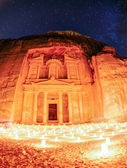 Petra by night — Stockfoto