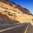 Desert highway — Stock Photo