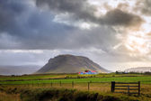 Storm over farm — Stock fotografie